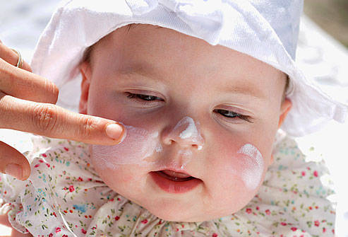 PRinc_photo_of_baby_with_sunscreen